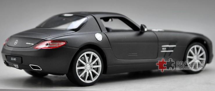 โมเดลรถ โมเดลรถยนต์ โมเดลรถเหล็ก sls amg matte black 3