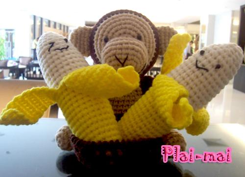 ลิงถือกล้วย