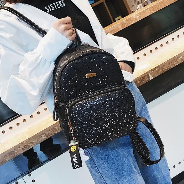 [ พร้อมส่ง Hi-End ] - กระเป๋าเป้แฟชั่น สีดำวิ้งค์ๆ ใบกลางๆ ดีไซน์สวยเก๋ปรับใช้งานได้หลากสไตล์ ดูดีสไตล์แบรนด์ งานหนังคุณภาพดี ไม่ซ้ำใคร