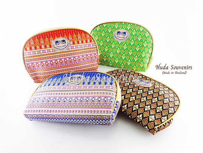 ของที่ระลึกไทย กระเป๋าผ้าลายไทย ขอบทอง (ขนาด: ขอบทอง L) ลายผ้าถุง หนึ่งโหลคละสี จำหน่ายยกโหล สินค้าพร้อมส่ง