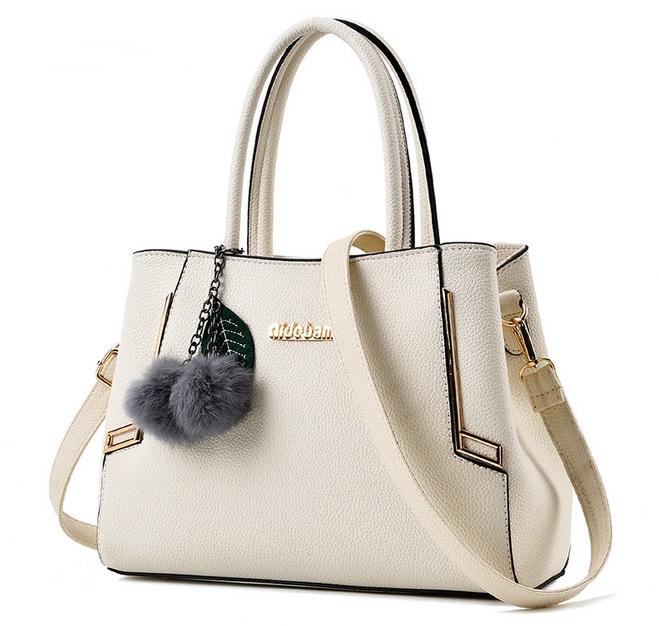 [ Pre-Order ] - กระเป๋าแฟชั่น ถือ/สะพาย สีขาวครีม ทรงตั้งได้ ดีไซน์สวยเรียบหรู ดูดี งานหนังคุณภาพ ช่องใส่ของเยอะ