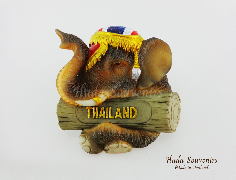 แม่เหล็กติดตู้เย็น ลวดลายช้าง เครื่องทรงสีธงชาติไทย