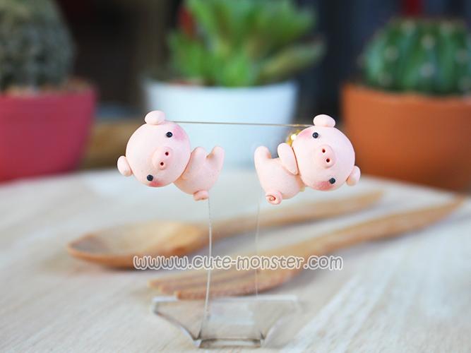 ต่างหูหมูน้อยเกาะหู Piggy Pig