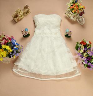 """""""พร้อมส่ง""""เสื้อผ้าแฟชั่นสไตล์เกาหลีราคาถูก เดรสออกงานสีขาว เกาะอก ฟองน้ำในตัว กระโปรงสั้นซับในคลุมด้วยผ้าแก้ว ด้านนอกผ้าโปร่งลายใบไม้ แต่งมุกและประดับลูกไม้ถักช่วงเอว สม๊อกหลัง ซิปข้าง"""