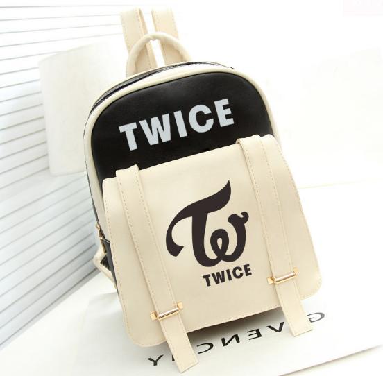 กระเป๋าหนังสะพายหลัง TWICE (เลือกสี)