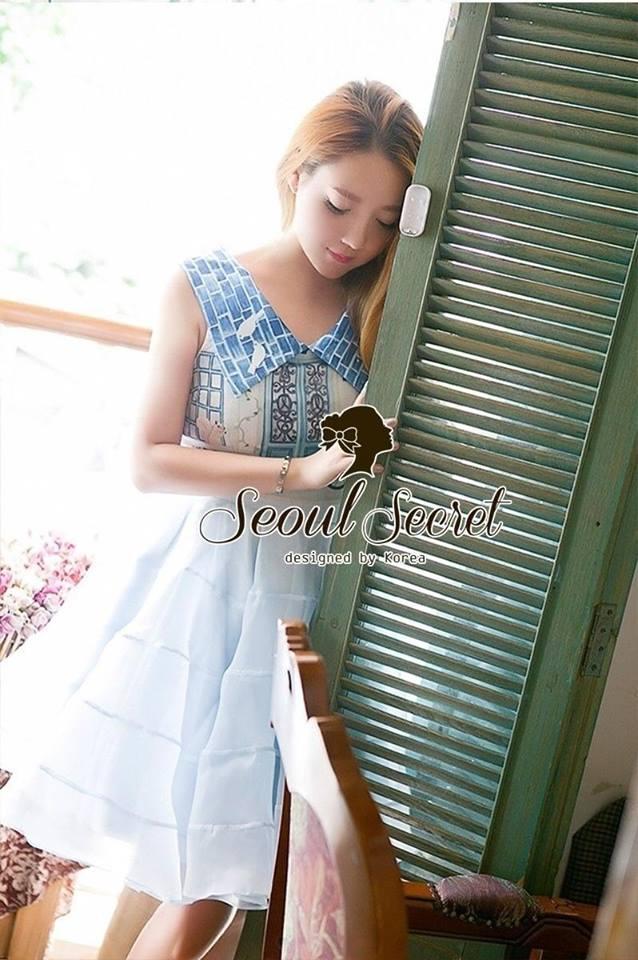 Set Pastel Blue Domicile Blouse with Organza Skirt by Seoul Secret