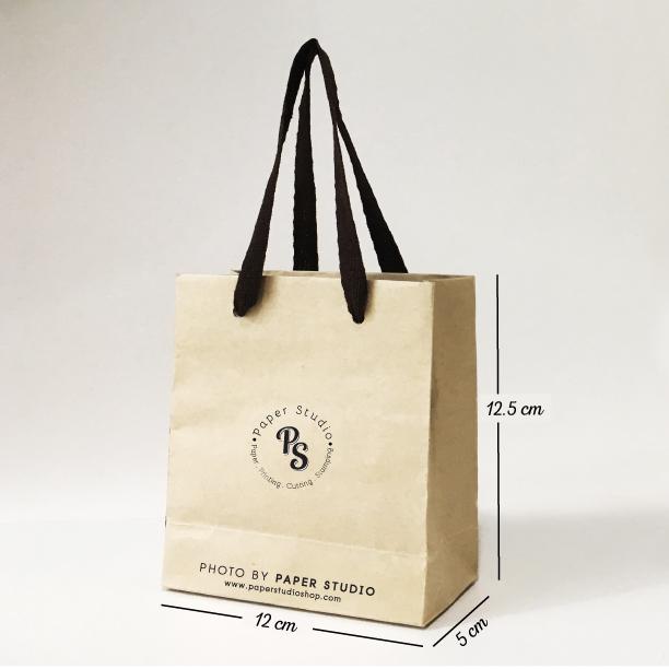 ถุุงชอปปิ้ง กระดาษน้ำตาล เบอร์ 1 ขนาด 12x5x12.5 ซม. (50 ใบ)