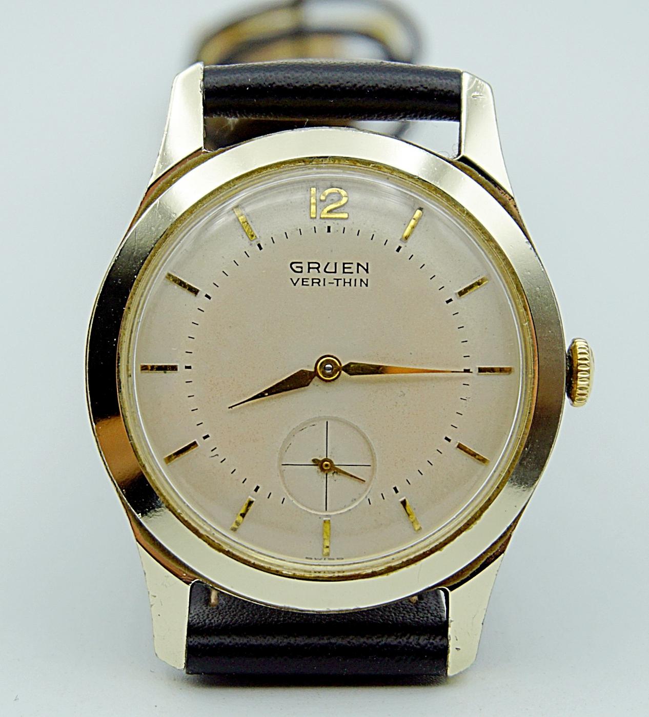 นาฬิกาเก่า GRUEN ไขลานสองเข็มครึ่ง
