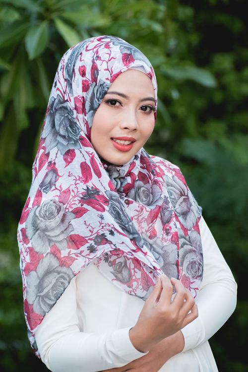 ผ้าคลุม อิสลาม วิสคอส viscose พิมพ์ลาย ดอกกุหลาบ HJ07022-1