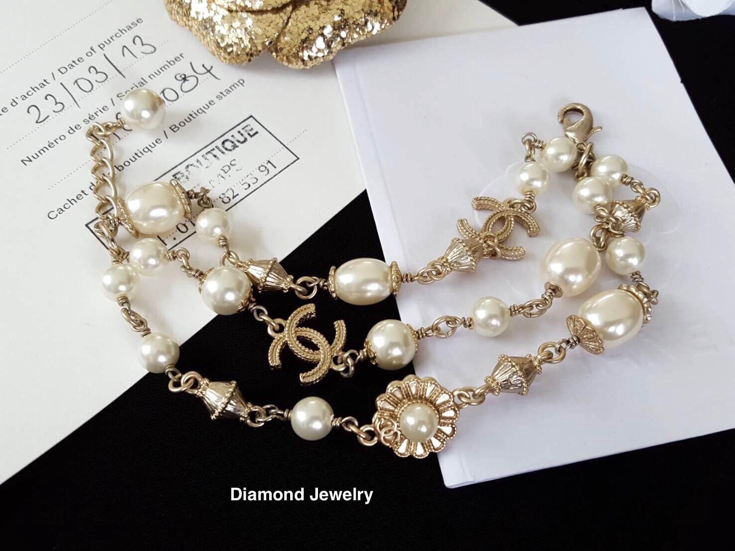 พร้อมส่ง Chanel Pearl Bracelet สร้อยข้อมือมุกชาแนลเกรดไฮเอน