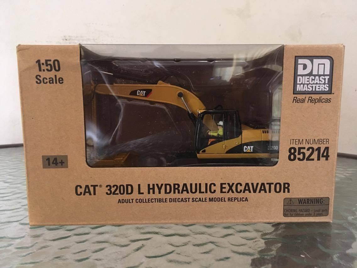 โมเดลรถก่อสร้าง CAT 320D L สเกล 1:50 by DIECAST MASTERS