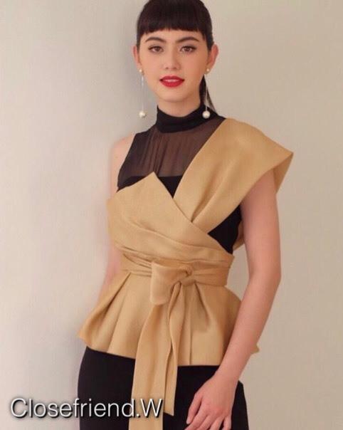เสื้อผ้าเกาหลีพร้อมส่ง เสื้อแบรนด์ดัง veladebangkok ดาราเซเลปดังใส่