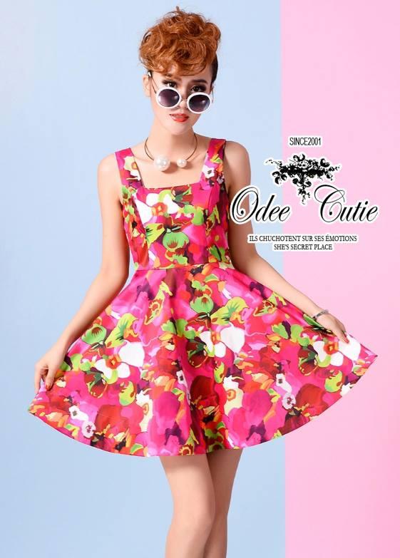 ( พร้อมส่งเสื้อผ้าเกาหลี) เดรสลายดอกไม้สีสันสดใส เนื้อผ้า silk polyester เนื้อผ้าเรียบสวย เข้ารูปช่วงอก-เอว กระโปรงจีบระบายรอบตัว มีซับในในตัวนะคะ