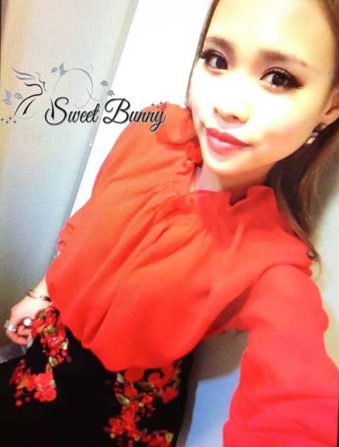 เสื้อผ้าเกาหลี พร้อมส่ง เซ็ทเสื้อ+กระโปรง เสื้อเป็นผ้าชีฟอง กางเกงกระโปรงผ้าสีดำ