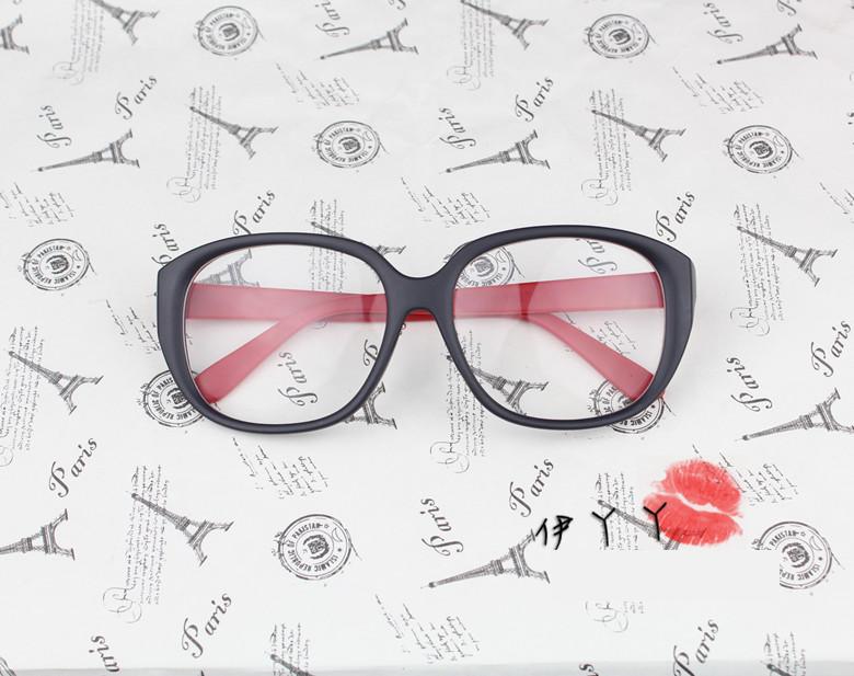 แว่นตาแฟชั่นเกาหลี วินเทจดำแดง (พร้อมเลนส์)