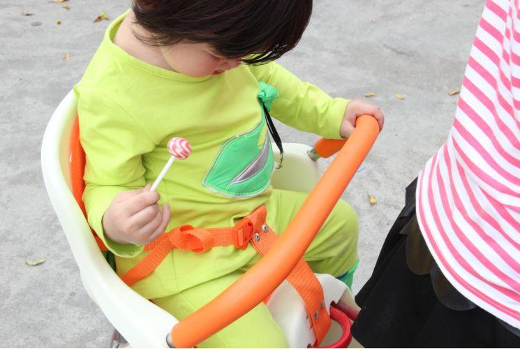 เบาะนั่งเด็ก ติดจักรายาน เบาะนั่งเด็ก สำหรับเด็กโต (1-5 ขวบ)