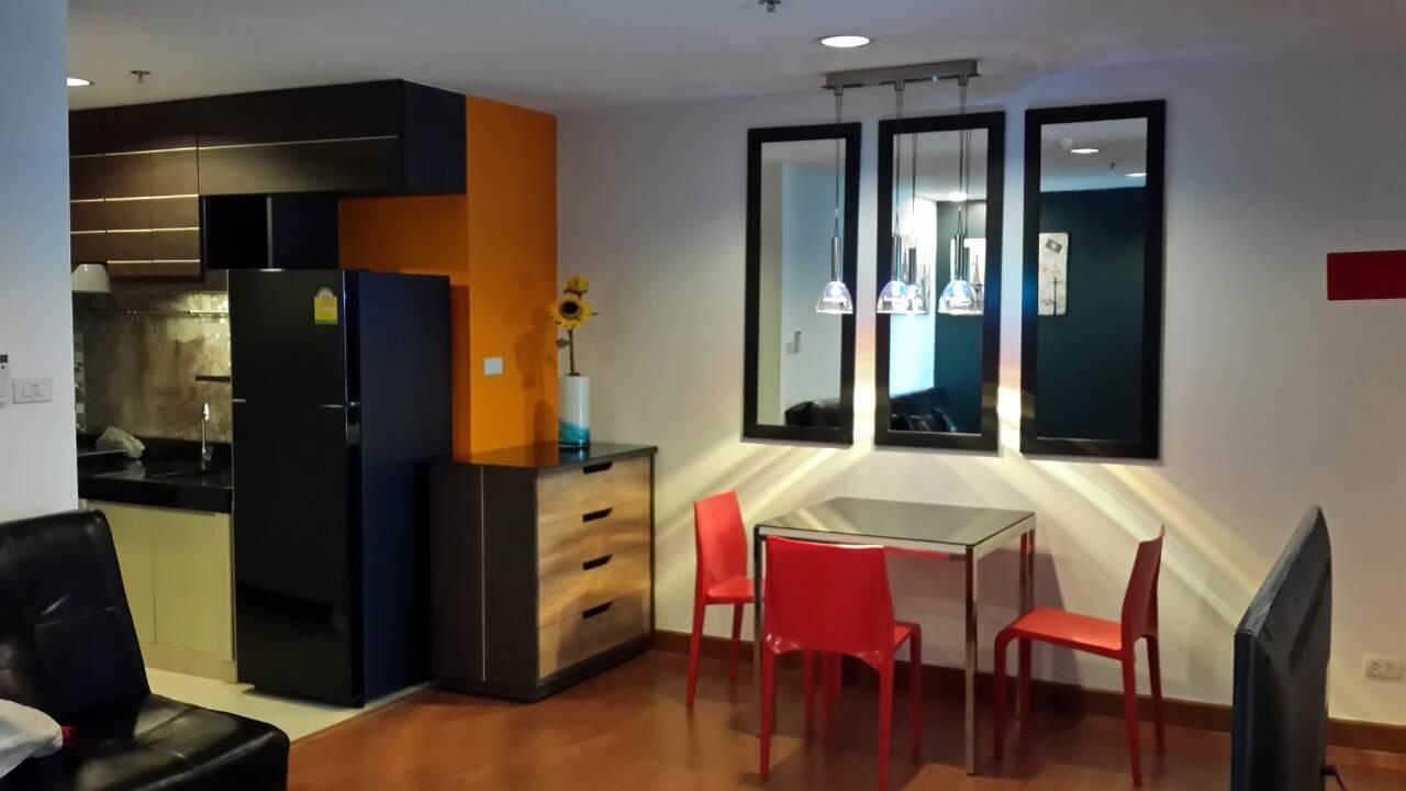 ให้เช่า BELLE GRAND RAMA 9 1bedrooms full furniture ready to move
