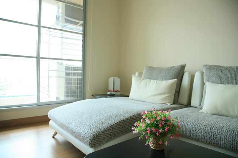 คอนโดบ้านกลางกรุง (สยาม-ปทุมวัน)ให้เช่า 2 ห้องนอน, 2 ห้องน้ำ, พื้นที่ 76 ตร.ม., ชั้น 15 ตึก บี วิว BTS เช่า: ราคา 35,000 บาท/เดือน