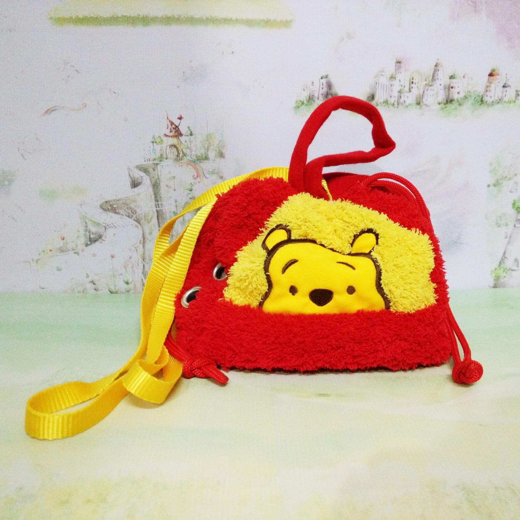 ถุงผ้าการ์ตูน หมีพูห์ แดง