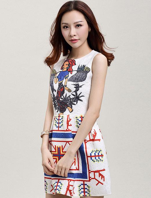 ชุดเดรสทำงานแฟชั่นสไตล์เกาหลีสวยๆ ชุดแซกกระโปรงใส่ทำงาน สีขาว พิมพ์ลายสาวชาวนาแบกข้าว ผ้าคอลตอลอัดลายดอกไม้ ซิปหลัง