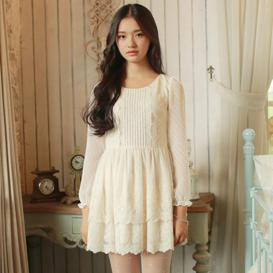 [พรีออเดอร์] ชุดเดรสผู้หญิงแฟชั่นเกาหลีใหม่ แขนยาวและแขนกุด ลูกไม้ แบบเก๋ เท่ห์ - [Preorder] New Korean Fashion Slim Round Neck Lace Long-sleeved and Sleeveless Dress