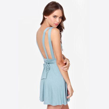 **พรีออเดอร์** ชุดเดรสกระโปรงผู้หญิงแฟชั่นยุโรปใหม่ ผูกโบว์ที่เอว แขนกุด แบบเก๋ เท่ห์ / **Preorder** New European Fashion Slim Bow Tied at the Waist Sleeveless Backless Skirt Dress