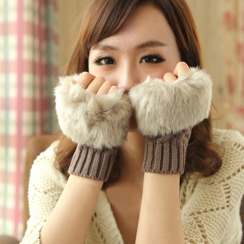 ถุงมือถักญี่ปุ่น ผสมขนสัตว์ แบบครึ่งมือ มี 8 สี