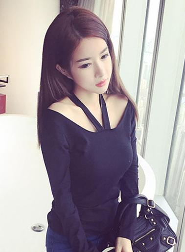เสื้อยืดแฟชั่น คอกว้างแขนยาว สายคล้องคอวี-1481-สีดำ
