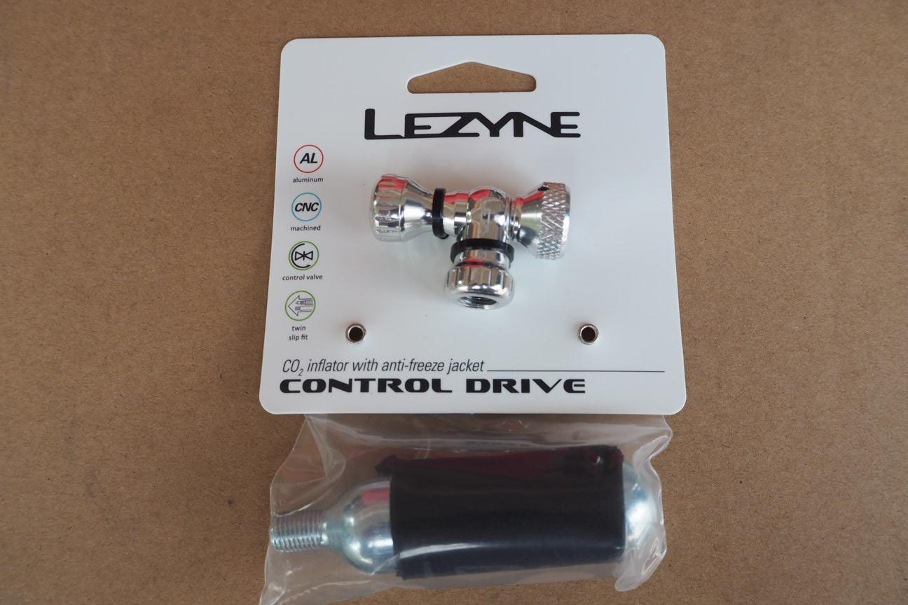 LEZYNE: CONTROL DRIVE CO2 ADAPTOR ตัวต่อกับถังแก็ส
