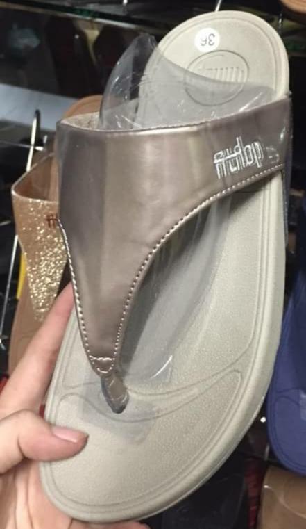 รองเท้า fitflop ไซส์ 36-40 No.FF110