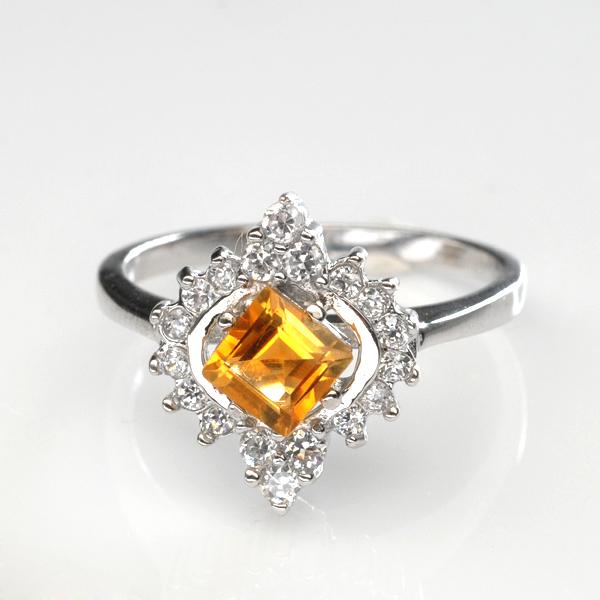 แหวนพลอยแท้ แหวนเงินแท้925 ฝังพลอยซิทรินล้อมเพชร CZ ดีไซน์สวยงาม