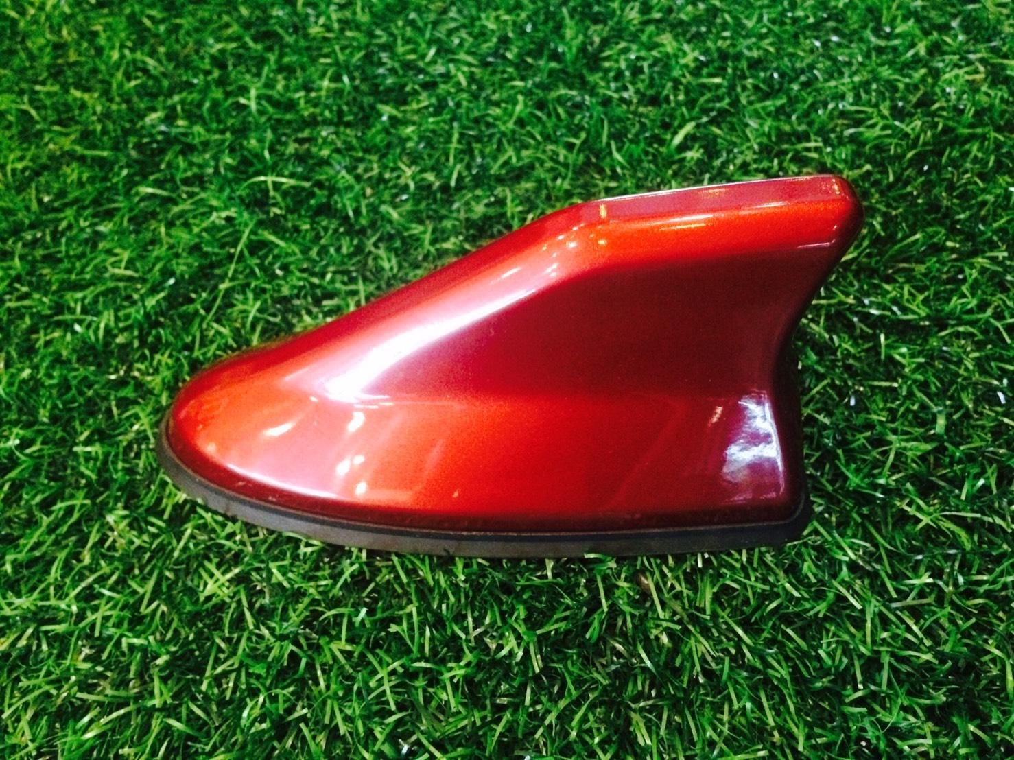 เสาอากาศครีบฉลาม สีแดง Sunset Metallic
