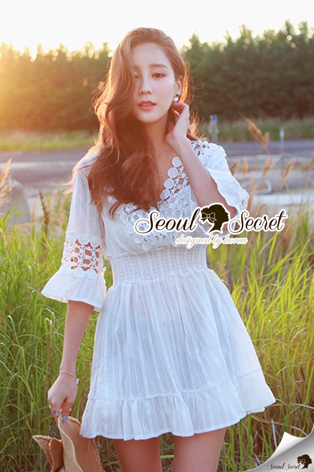 Seoul Secret Say's... V Lace Embroider Ivory Dress