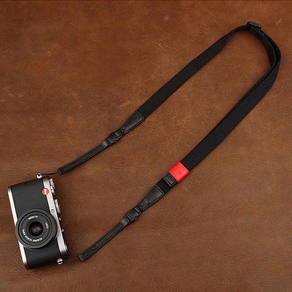 สายคล้องกล้อง รุ่น Universal - กล้อง Mirrorless กล้องฟรุ้งฟริ้งและกล้องเล็ก สีดำ สำเนา