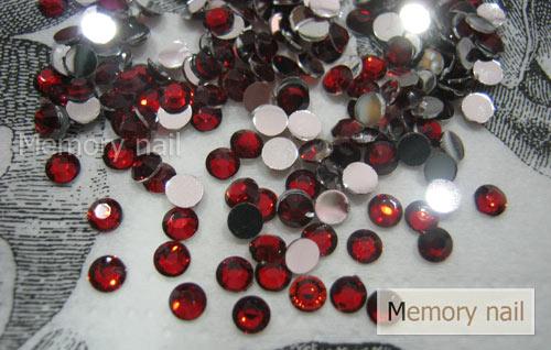 เพชรธรรมดา สีแดง ขนาด 3 มิล