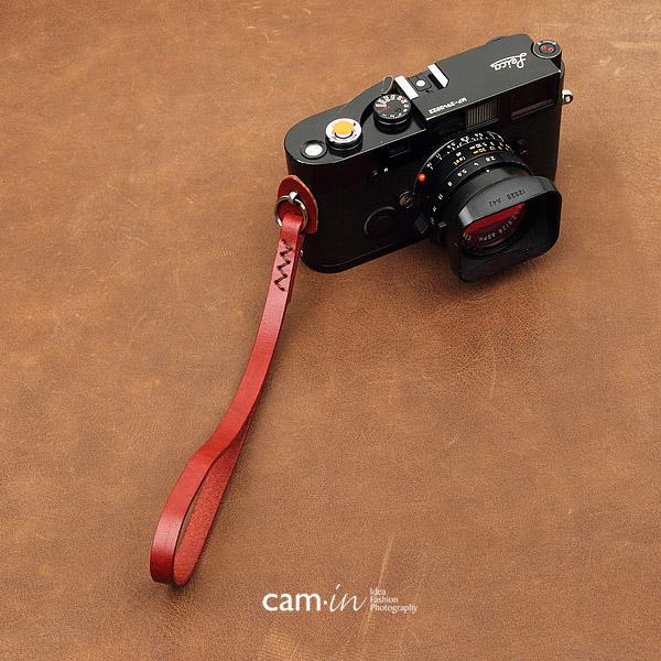สายคล้องข้อมือกล้องหนังแท้ Cam-in Camera Wrist Strap สีแดงด้ายน้ำตาล