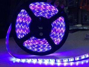 ไฟริบบิ้นสีสลับ LED 60 ดวง 5M 12V