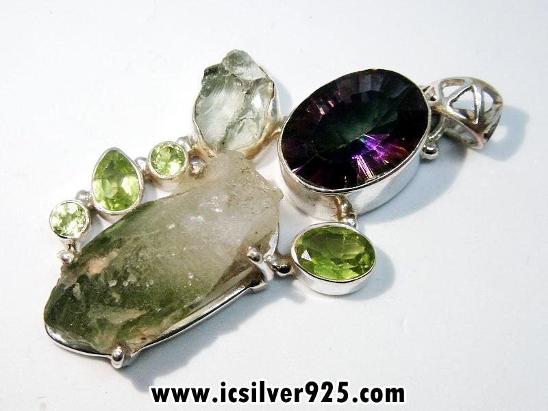 Green Chlorite, Rainbow Topaz & Peridot จี้เงินแท้ 925 (10.5g)
