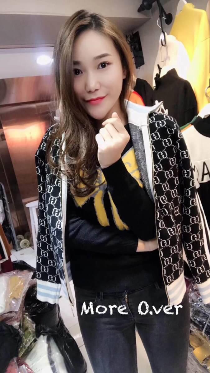 เสื้อแฟชั่นเกาหลี 🔴ราคา 990 บาท