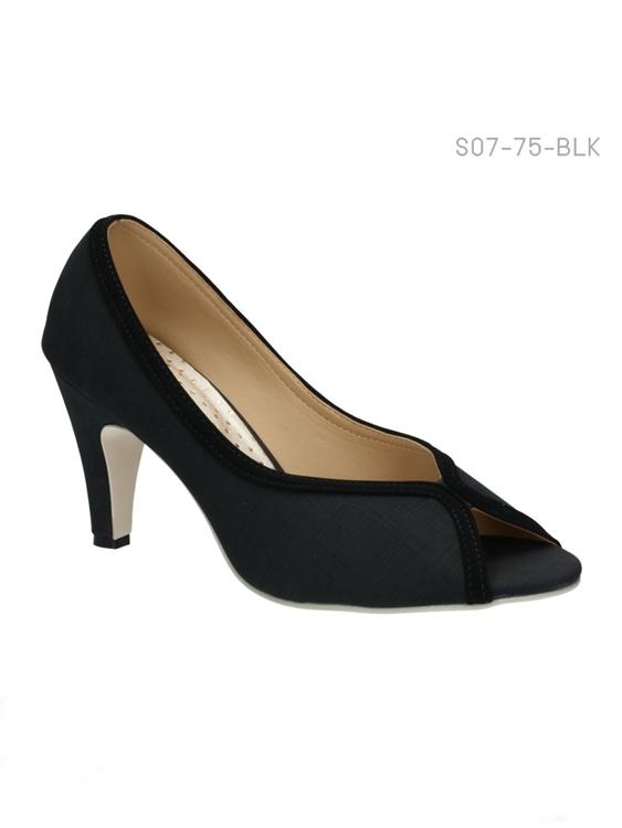 รองเท้าคัทชูส้นสูง หัวแหลม ผ้ากำมะหยี่ (สีดำ )