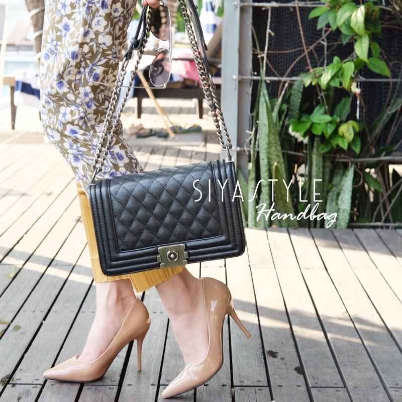 กระเป๋าสะพายแฟชั่น กระเป๋าสะพายข้างผู้หญิง Chanel Boy Caviar 10นิ้ว [สีดำ ]