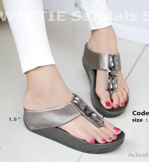 พร้อมส่ง รองเท้าแตะเพื่อสุขภาพสีเทา SWEETIE Sandals Style แฟชั่นเกาหลี [สีเทา ]