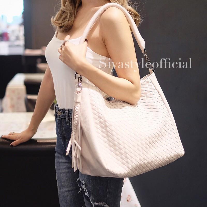 พร้อมส่ง กระเป๋าสะพายข้างผู้หญิง BT Bag [สีเบจ]