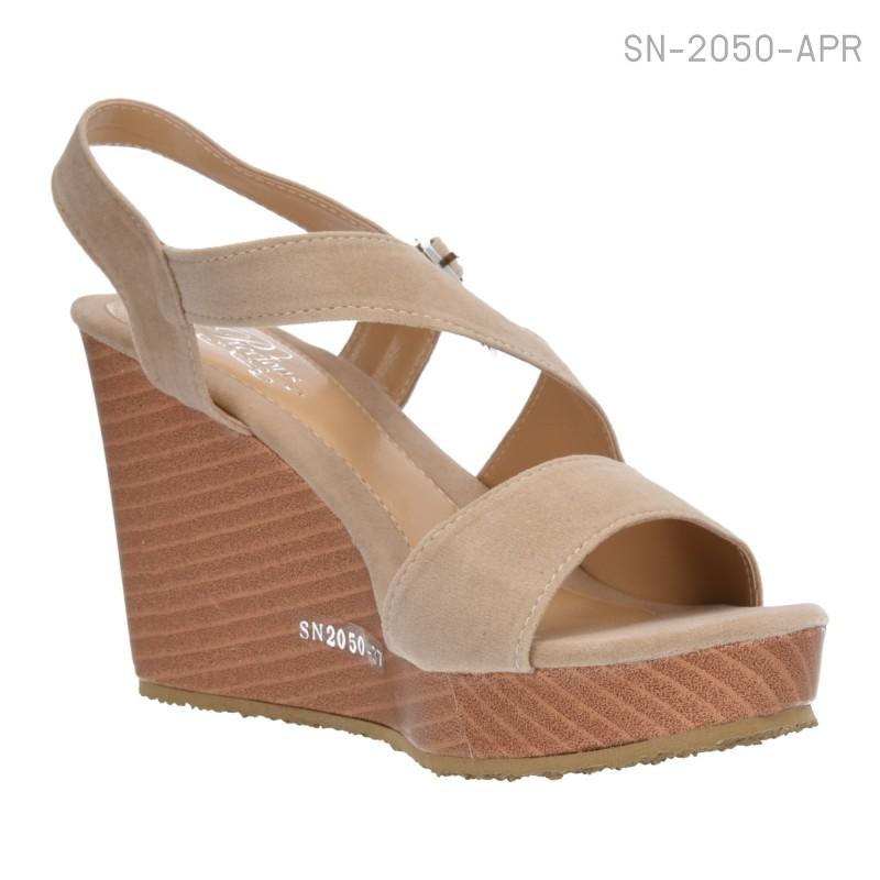 รองเท้าส้นเตารีดแบบรัดส้น หนังนิ่มบุกำมะหยี่ (สีแอปปริคอท )