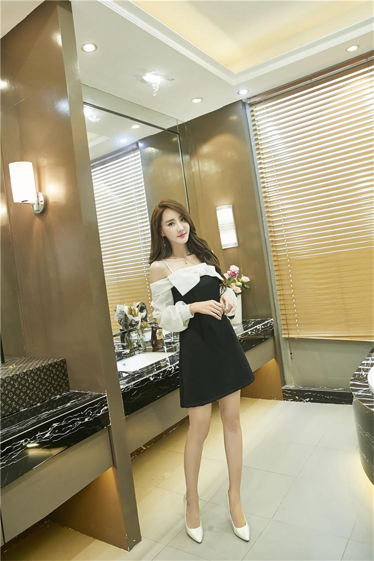 ชุดเดรสแฟชั่นเกาหลีเปิดไหล่น่ารักๆ
