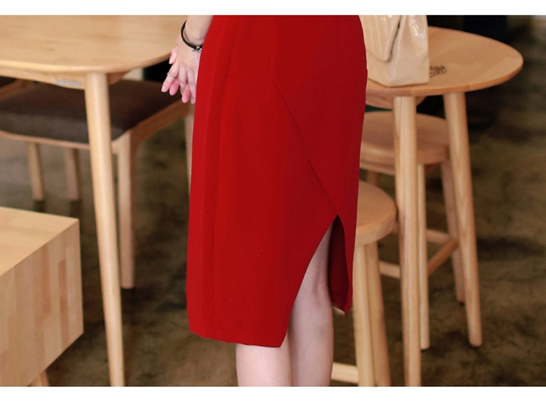 รับตัวแทนจำหน่ายชุดเดรสแฟชั่นเกาหลีสีแดงกระโปรงยาว