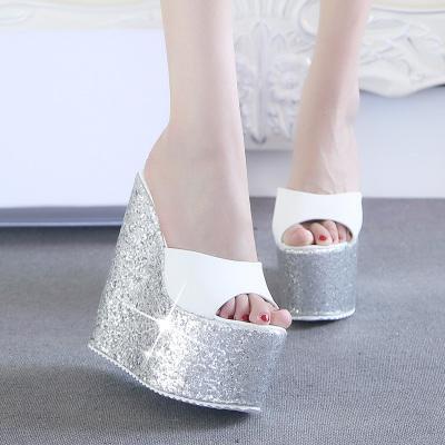 Preorder รองเท้าแฟชั่น สไตล์เกาหลี 30-43 รหัส MP-2818