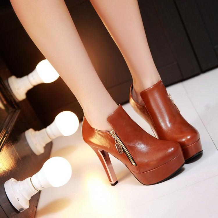 Preorder รองเท้าแฟชั่น สไตล์เกาหลี 32-43 รหัส 9DA-8400