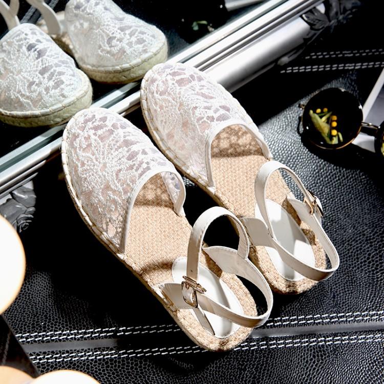 Preorder รองเท้าแฟชั่น สไตล์เกาหลี 35-39 รหัส 9DA-7344