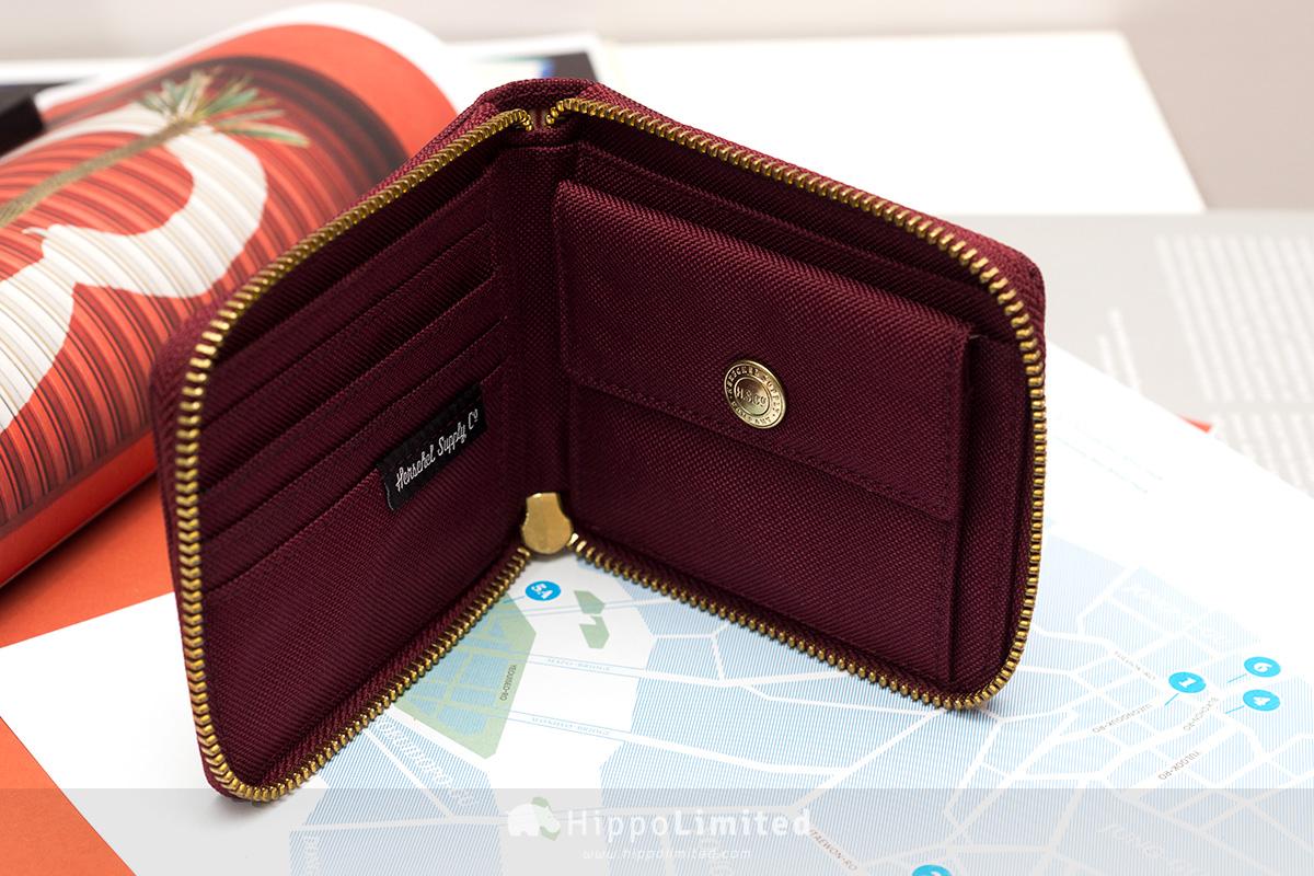 กระเป๋าสตางค์แบบซิปรอบ Herschel Walt Wallet - Windsor Wine ด้านในใส่แบงค์ใส่บัตรใส่เหรียญ